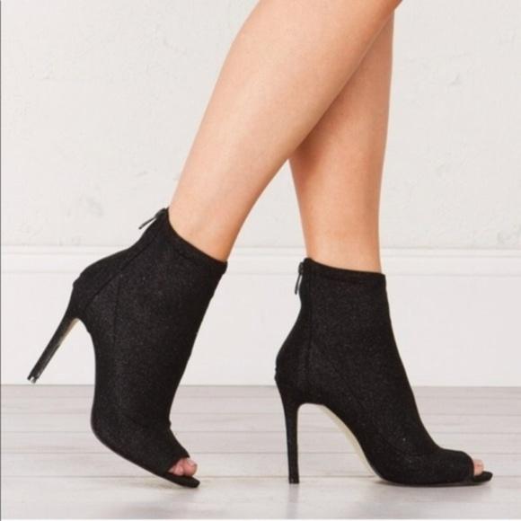 783575c52 💕Steve Madden Karisa Peep Toe Booties Size 7.5. M_5ab4a90d9a9455ba42e0ea43